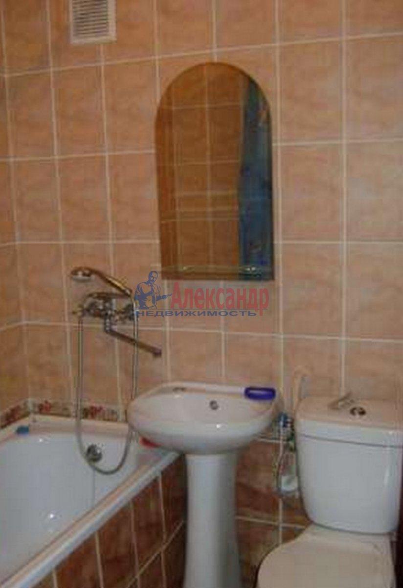 2-комнатная квартира (45м2) в аренду по адресу 7 Красноармейская ул., 19— фото 3 из 3
