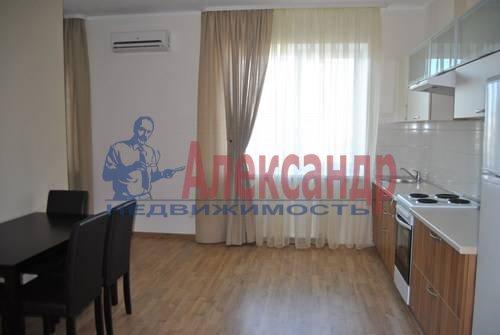 3-комнатная квартира (97м2) в аренду по адресу Просвещения просп., 87— фото 1 из 7