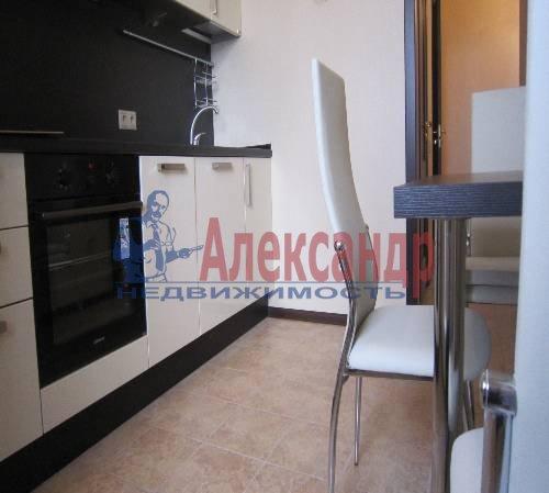 2-комнатная квартира (61м2) в аренду по адресу Клочков пер., 6— фото 3 из 10