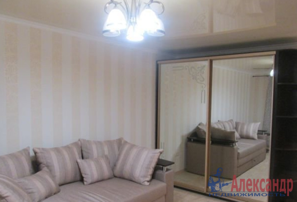 2-комнатная квартира (53м2) в аренду по адресу Маршала Жукова пр., 48— фото 2 из 3