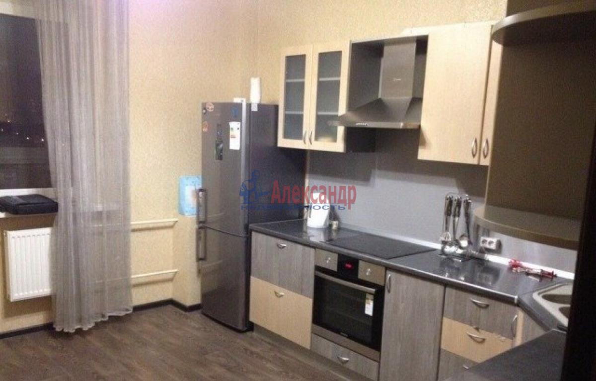 1-комнатная квартира (43м2) в аренду по адресу Ленинский пр., 79— фото 4 из 6