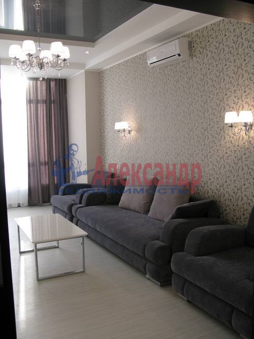2-комнатная квартира (75м2) в аренду по адресу Волховский пер., 4— фото 9 из 16