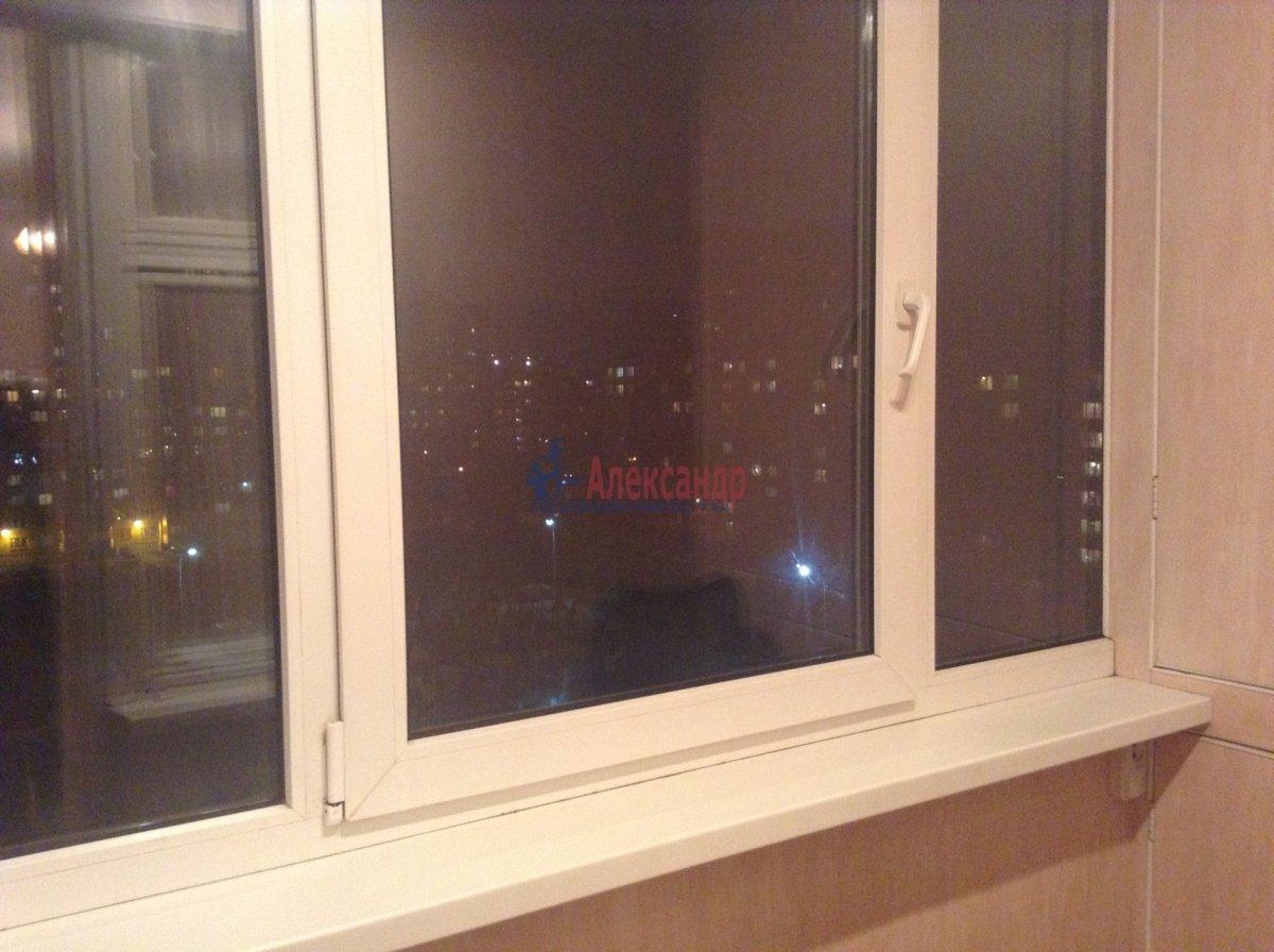 1-комнатная квартира (45м2) в аренду по адресу Варшавская ул., 23— фото 4 из 6