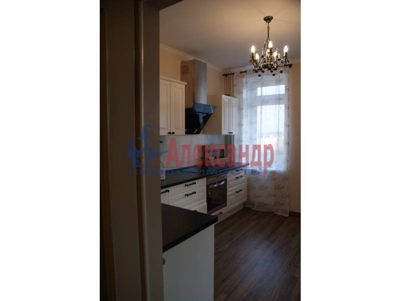 1-комнатная квартира (44м2) в аренду по адресу Пулковская ул., 8— фото 4 из 20