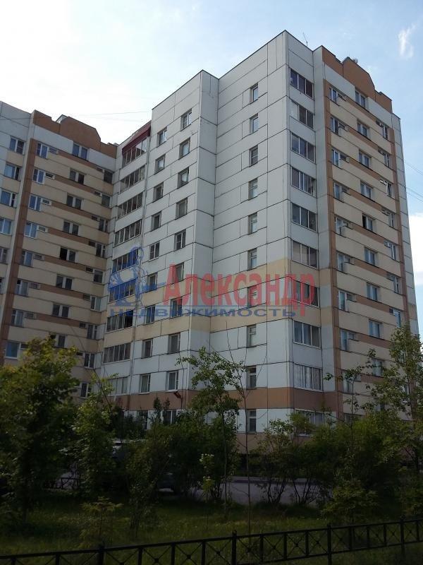 Комната в 3-комнатной квартире (83м2) в аренду по адресу Сестрорецк г., Приморское шос., 283— фото 1 из 1