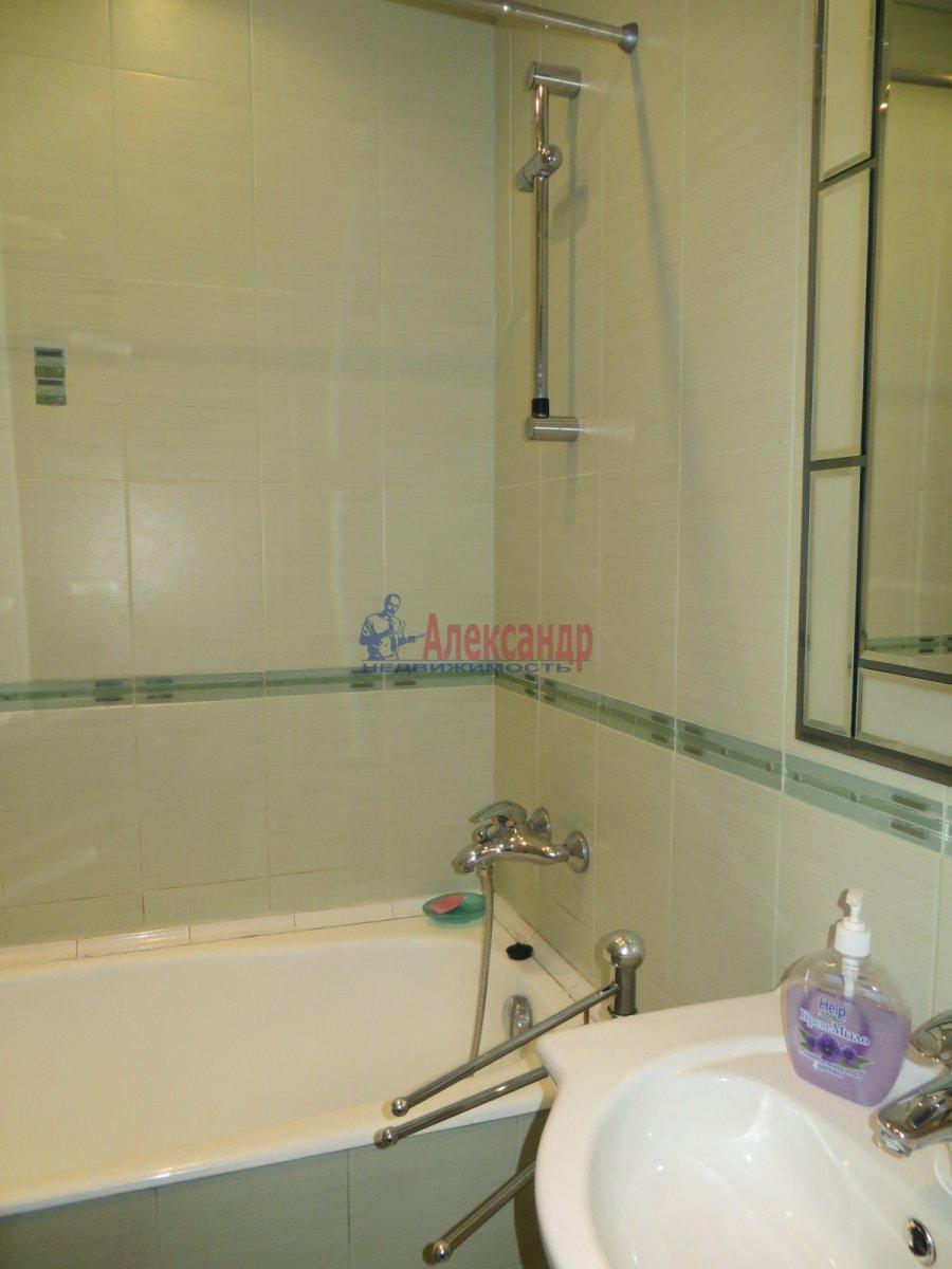 1-комнатная квартира (35м2) в аренду по адресу Южное шос., 76— фото 4 из 8