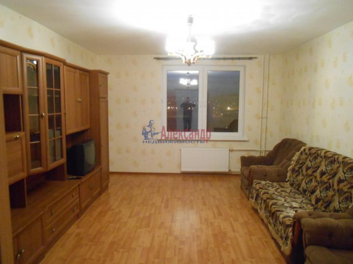 2-комнатная квартира (64м2) в аренду по адресу Шушары пос., Колпинское шос.— фото 1 из 7