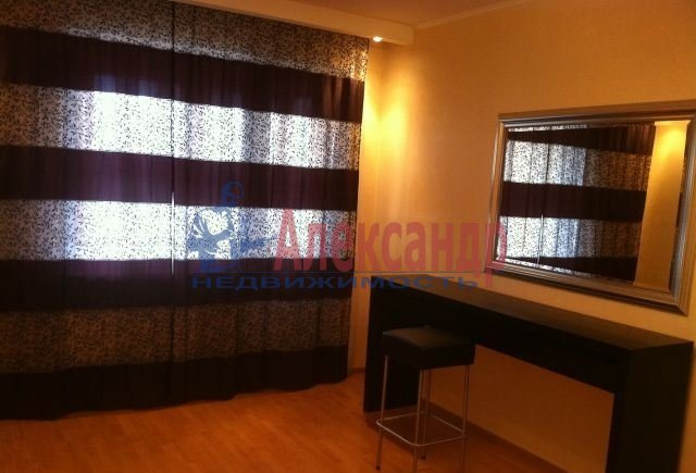 2-комнатная квартира (52м2) в аренду по адресу Косыгина пр., 11— фото 3 из 5