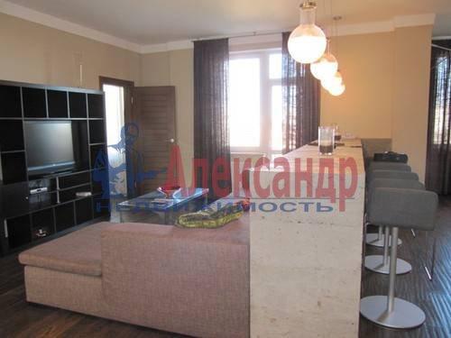 3-комнатная квартира (125м2) в аренду по адресу Московский просп., 82— фото 3 из 11