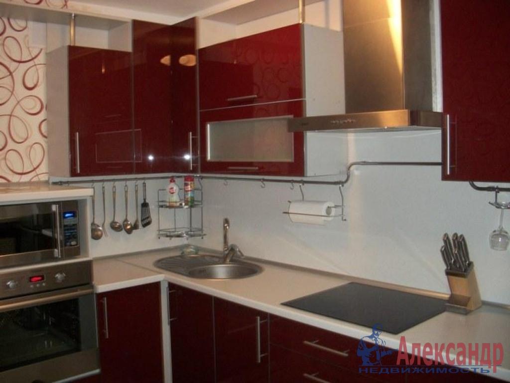 3-комнатная квартира (109м2) в аренду по адресу Исполкомская ул., 3— фото 3 из 4