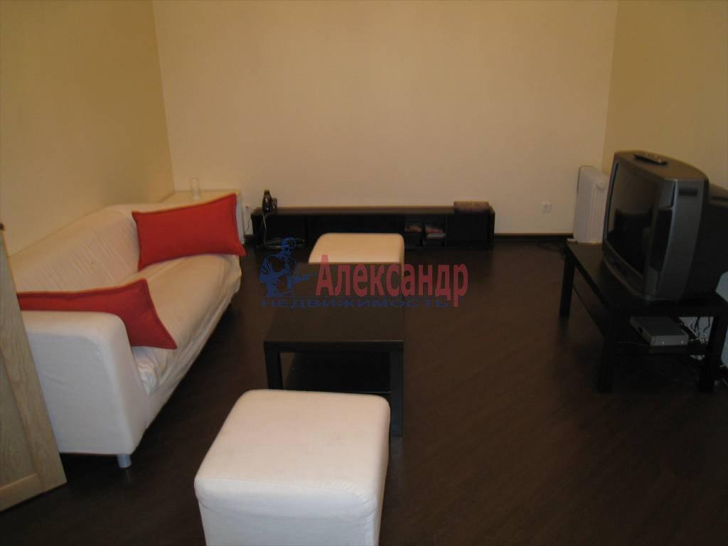 3-комнатная квартира (110м2) в аренду по адресу Невский пр., 16— фото 4 из 5
