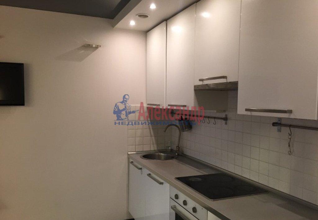 1-комнатная квартира (40м2) в аренду по адресу Непокоренных пр., 10— фото 2 из 2