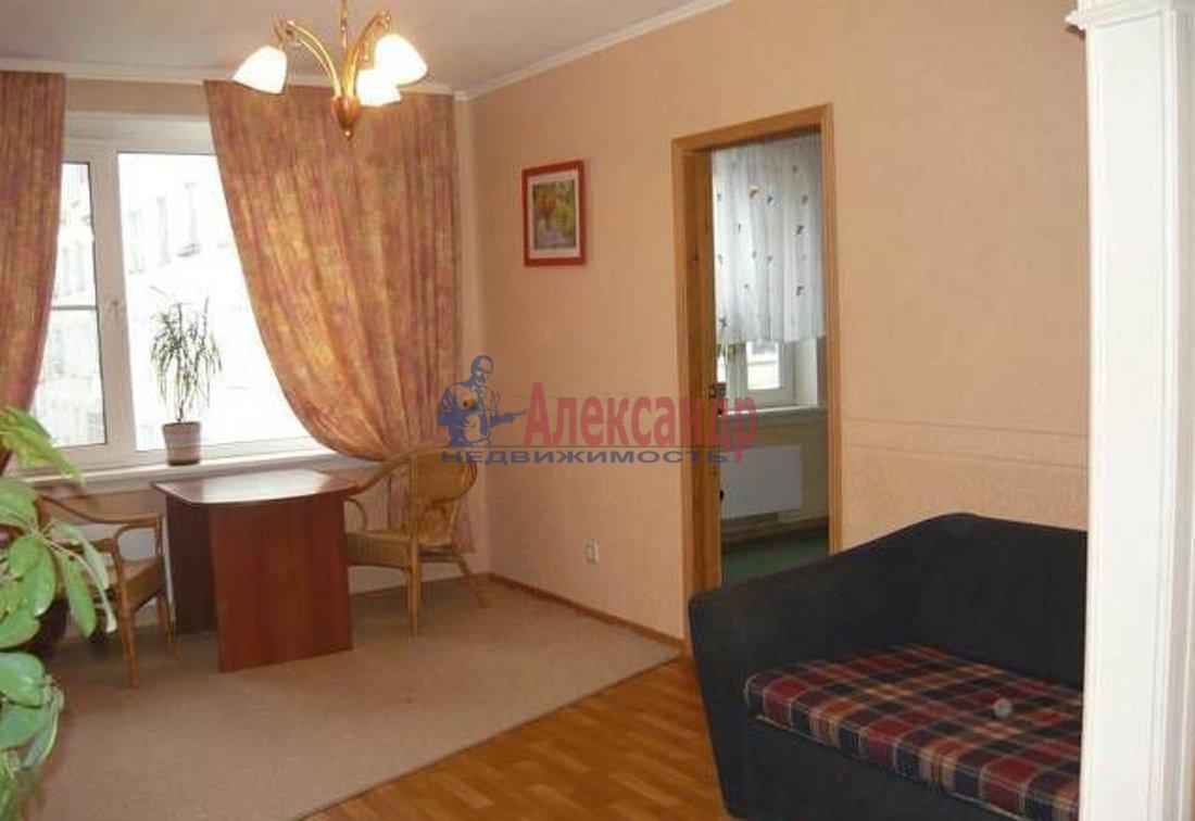 2-комнатная квартира (55м2) в аренду по адресу Северный пр., 16— фото 2 из 5