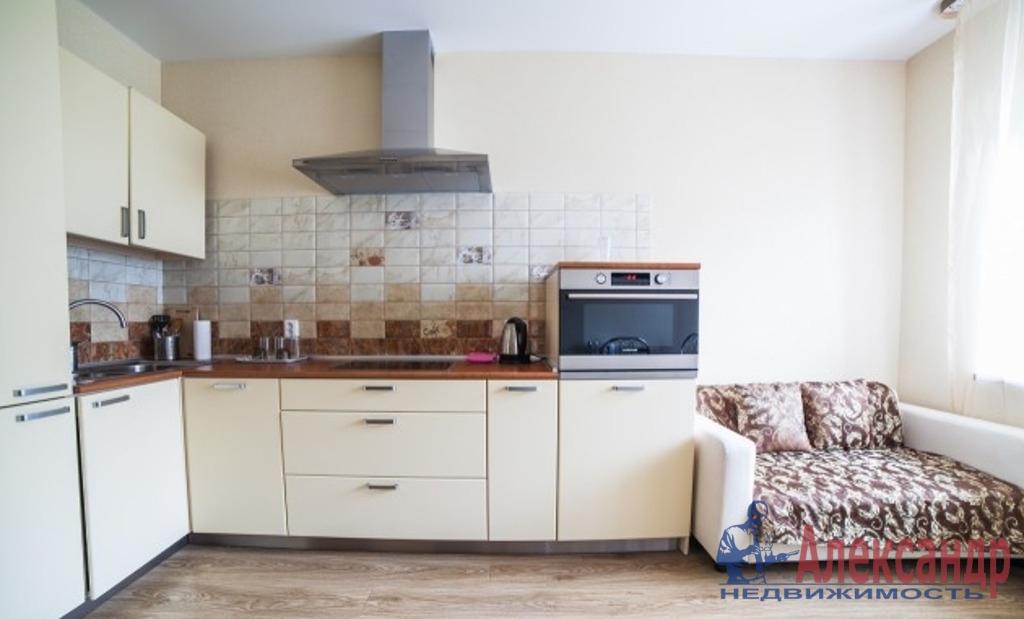 2-комнатная квартира (70м2) в аренду по адресу Обуховской Обороны пр., 209— фото 3 из 5