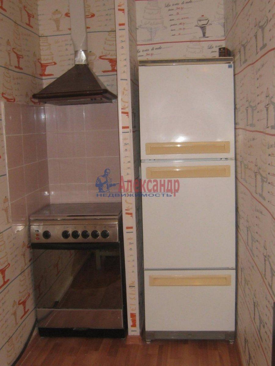 2-комнатная квартира (60м2) в аренду по адресу Чайковского ул., 50— фото 5 из 8