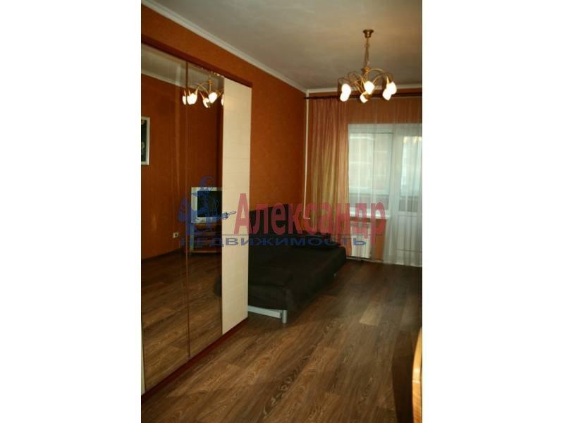 1-комнатная квартира (40м2) в аренду по адресу Космонавтов просп., 61— фото 3 из 4