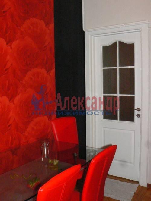 2-комнатная квартира (64м2) в аренду по адресу Дровяная ул., 2— фото 2 из 10