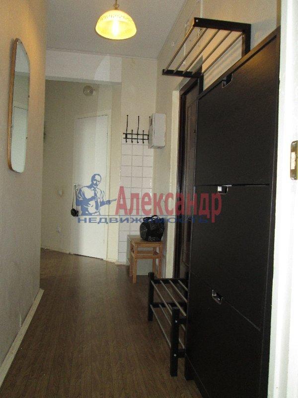 1-комнатная квартира (36м2) в аренду по адресу Комендантский пр., 21— фото 2 из 5