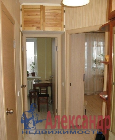 1-комнатная квартира (36м2) в аренду по адресу Малая Балканская ул., 32— фото 1 из 2