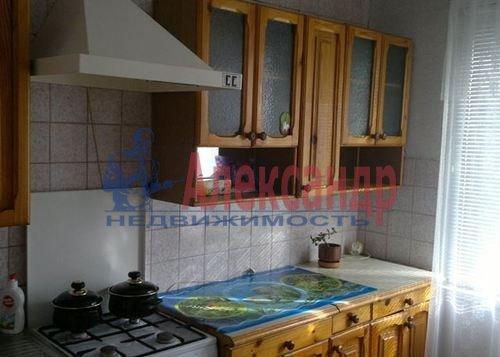1-комнатная квартира (35м2) в аренду по адресу Белышева ул., 5— фото 2 из 3