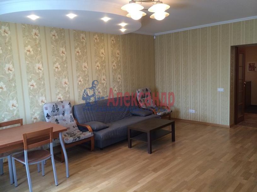 2-комнатная квартира (80м2) в аренду по адресу Выборгское шос., 5— фото 6 из 20