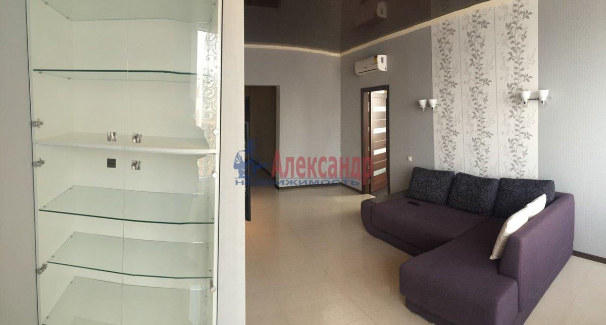 2-комнатная квартира (71м2) в аренду по адресу Обводного канала наб., 108— фото 3 из 6
