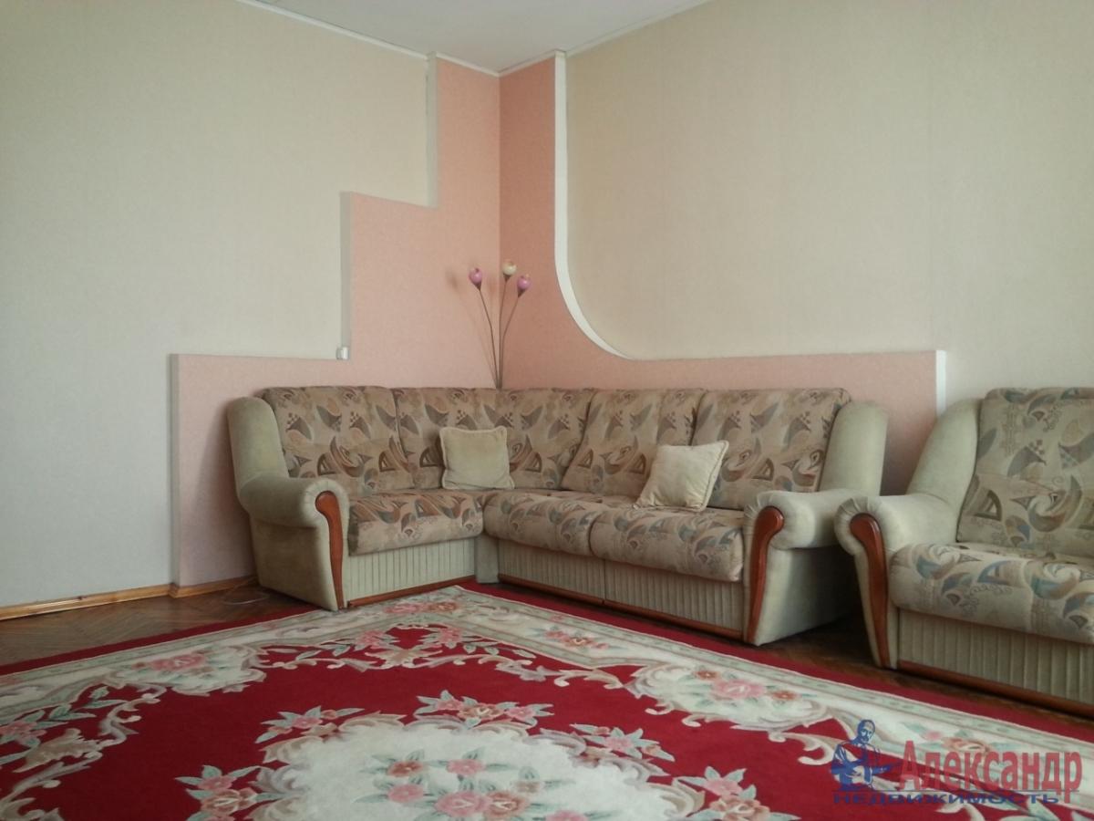 3-комнатная квартира (90м2) в аренду по адресу Московский просп., 193— фото 1 из 9