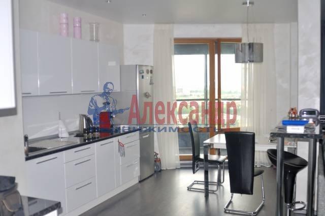 3-комнатная квартира (107м2) в аренду по адресу Большой Сампсониевский просп., 4-6— фото 1 из 6