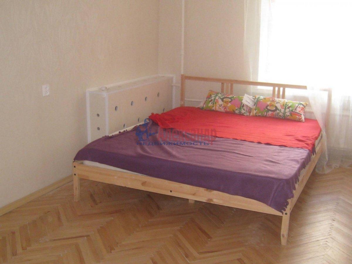 2-комнатная квартира (60м2) в аренду по адресу Чайковского ул., 50— фото 1 из 8