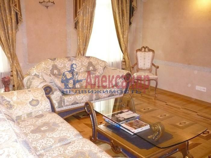 6-комнатная квартира (260м2) в аренду по адресу Итальянская ул.— фото 4 из 5