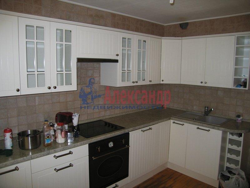 1-комнатная квартира (50м2) в аренду по адресу Добролюбова пр., 21— фото 2 из 3