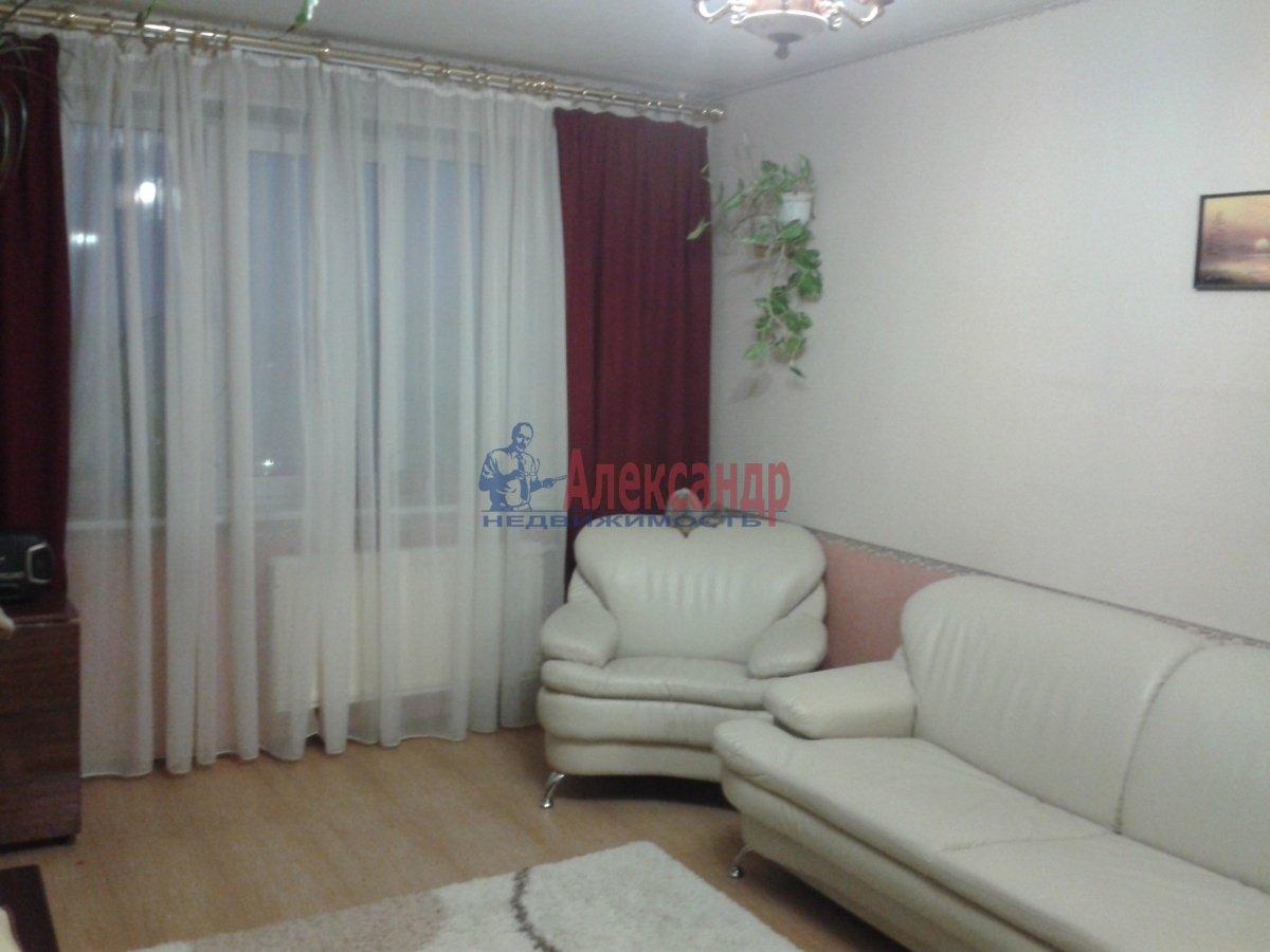 2-комнатная квартира (57м2) в аренду по адресу Богатырский пр., 49— фото 1 из 3
