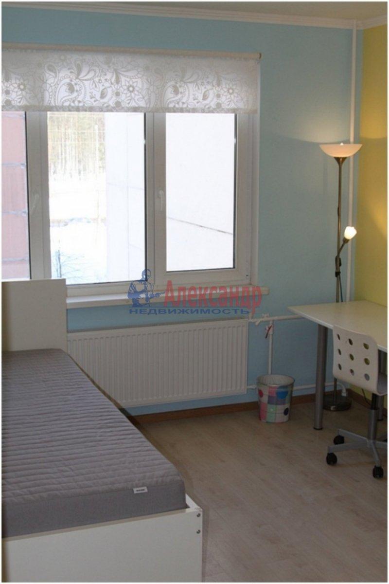 1-комнатная квартира (40м2) в аренду по адресу Чернышевского пл., 10— фото 4 из 4