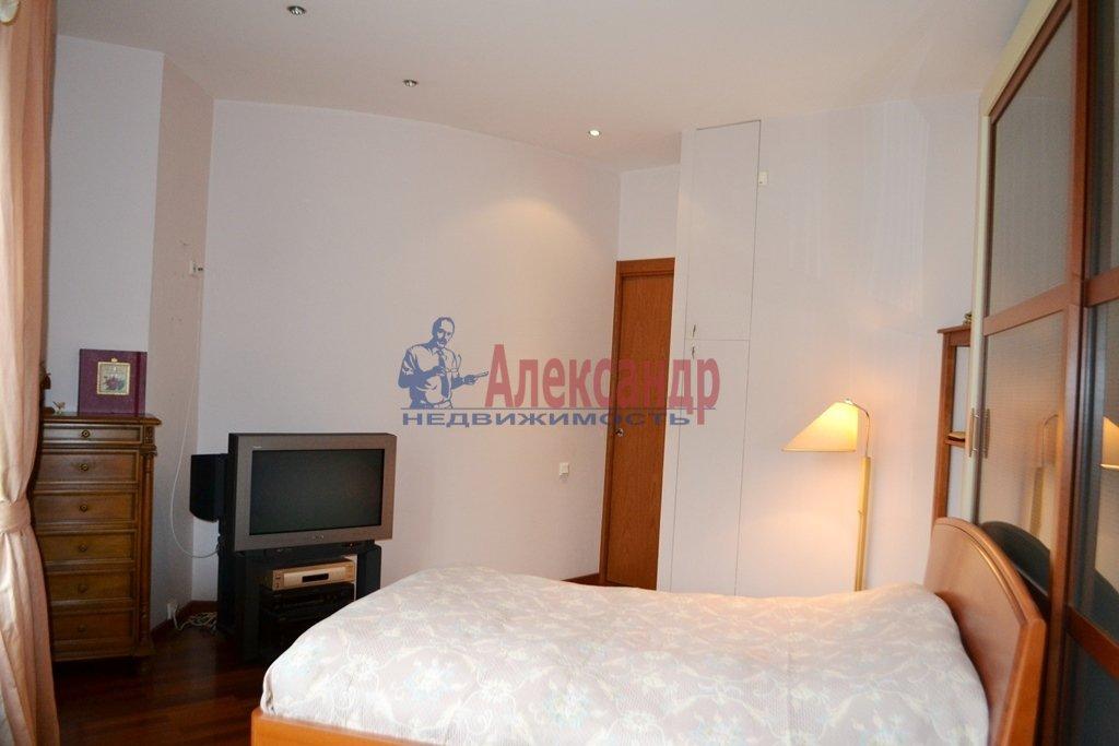 3-комнатная квартира (93м2) в аренду по адресу Суворовский пр., 62— фото 8 из 14