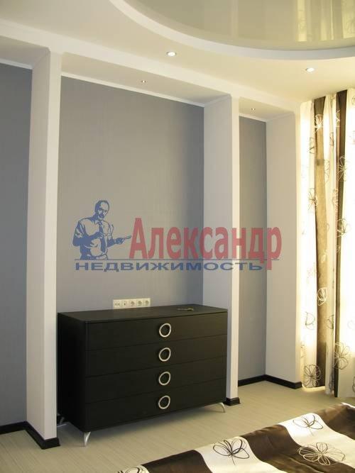 2-комнатная квартира (75м2) в аренду по адресу Волховский пер., 4— фото 4 из 16