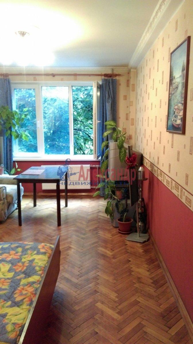 2-комнатная квартира (46м2) в аренду по адресу Большевиков пр., 51— фото 5 из 10