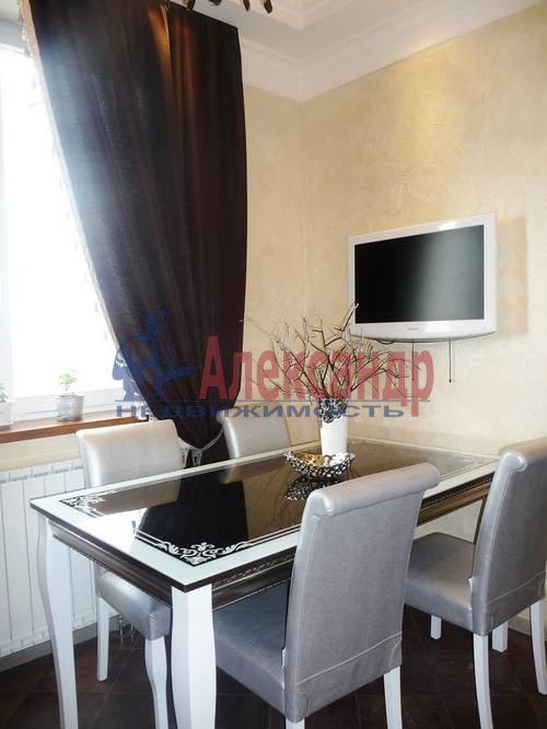 2-комнатная квартира (67м2) в аренду по адресу Счастливая ул., 14— фото 6 из 11