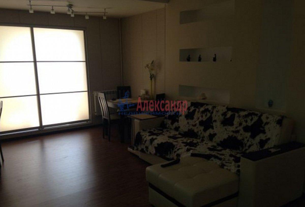 1-комнатная квартира (39м2) в аренду по адресу Пушкинская ул., 7— фото 2 из 2
