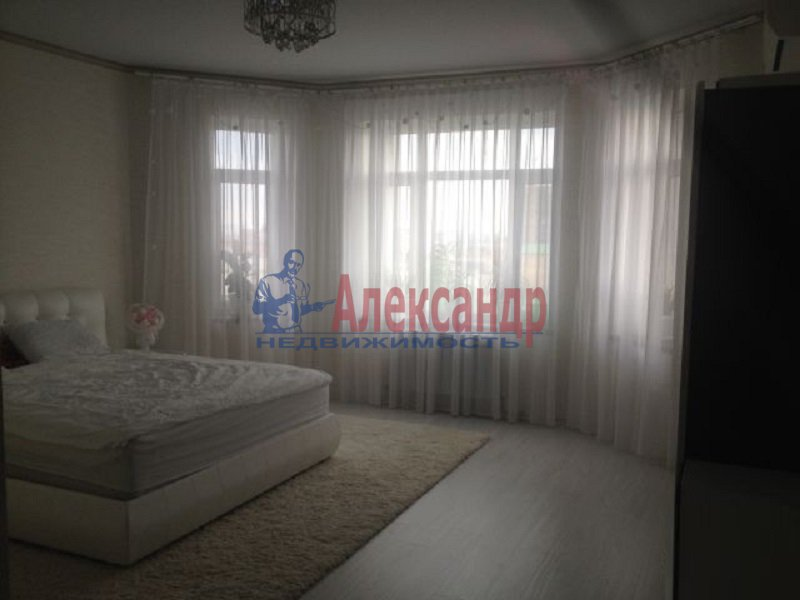 1-комнатная квартира (42м2) в аренду по адресу Парашютная ул., 56— фото 2 из 4
