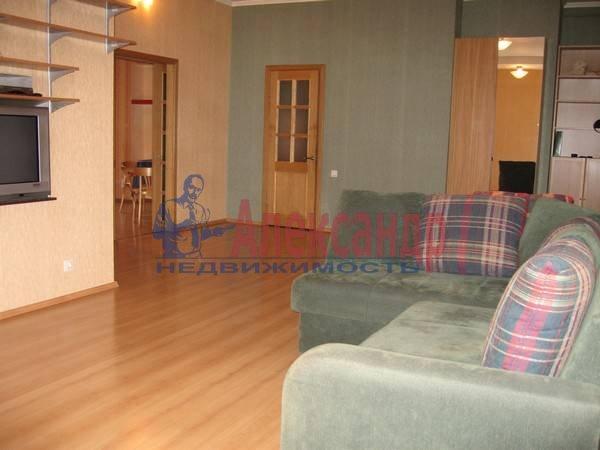 2-комнатная квартира (100м2) в аренду по адресу Жуковского ул., 57— фото 1 из 7