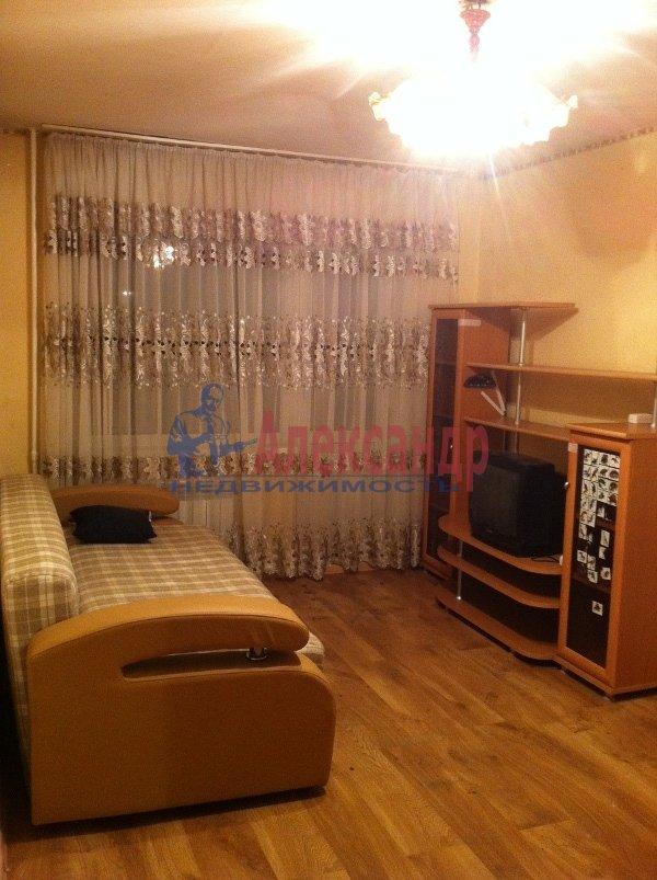 1-комнатная квартира (35м2) в аренду по адресу Маршала Говорова ул., 8— фото 3 из 3