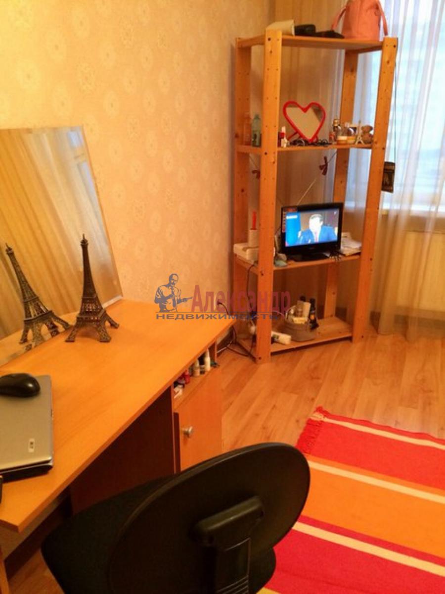 Комната в 3-комнатной квартире (70м2) в аренду по адресу Камышовая ул., 48— фото 4 из 5