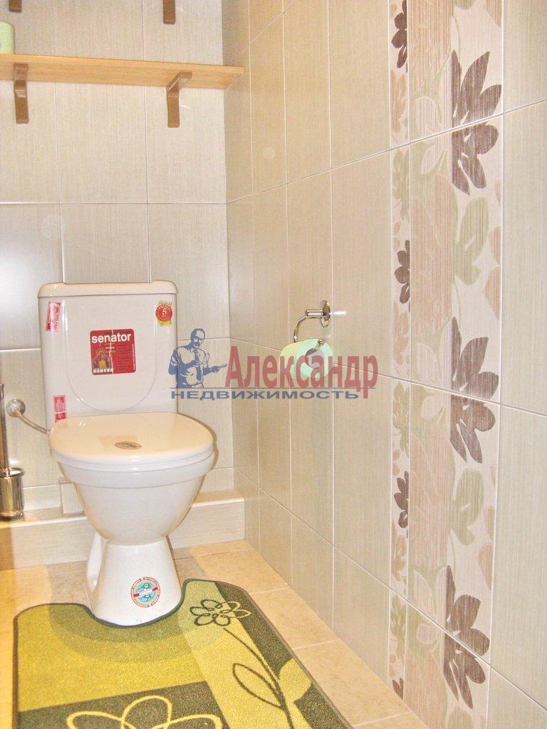 3-комнатная квартира (92м2) в аренду по адресу Октябрьская наб., 98— фото 2 из 6