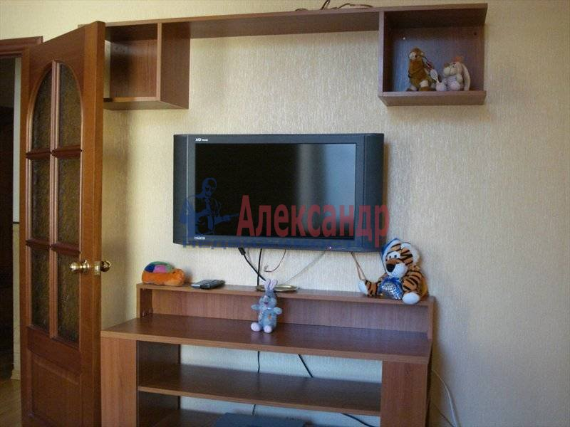 Комната в 3-комнатной квартире (79м2) в аренду по адресу Большая Монетная ул., 3— фото 3 из 4
