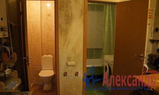 1-комнатная квартира (45м2) в аренду по адресу Лиговский пр., 107— фото 3 из 3