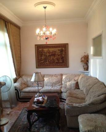 3-комнатная квартира (90м2) в аренду по адресу Реки Фонтанки наб., 38— фото 1 из 3