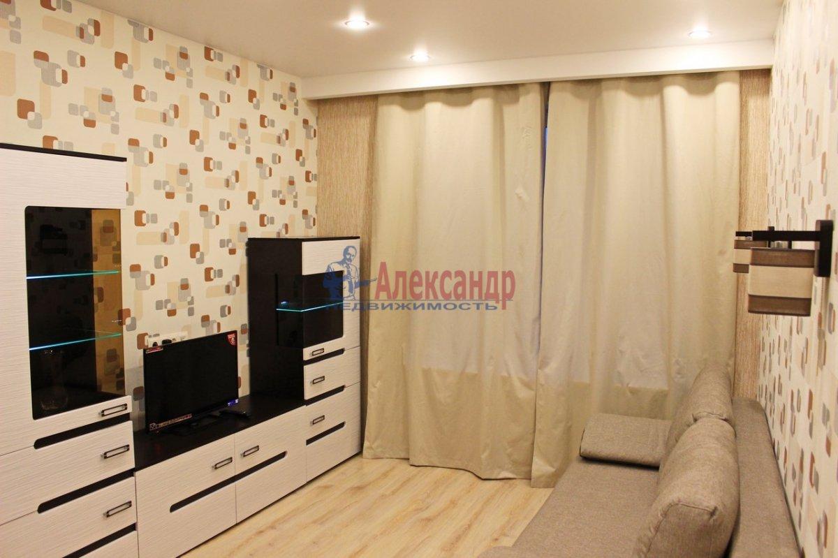 1-комнатная квартира (38м2) в аренду по адресу Космонавтов просп., 37— фото 5 из 9