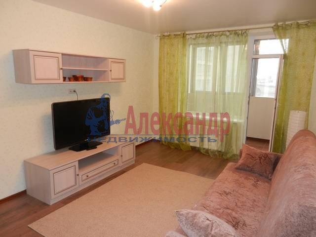 2-комнатная квартира (68м2) в аренду по адресу Наставников пр., 3— фото 2 из 11