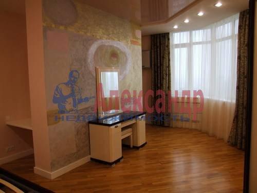 3-комнатная квартира (110м2) в аренду по адресу Комендантская пл., 6— фото 5 из 12