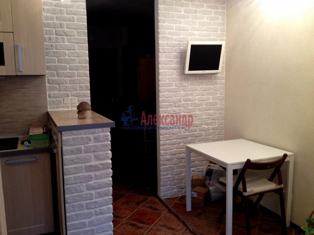 1-комнатная квартира (41м2) в аренду по адресу Варшавская ул., 19— фото 4 из 11